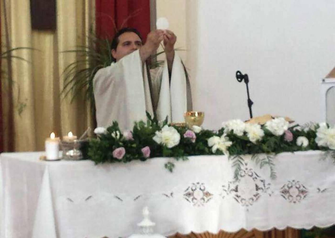 Don Galizia apre le porte alla riflessione sulla festa dei Santi
